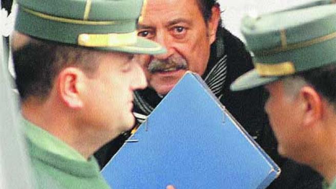 Julián Muñoz, ayer, a su llegada al juzgado número 5 de Marbella(EFE).