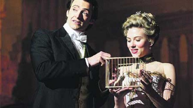 Scarlett Johansson acompaña de nuevo a Hugh Jackman, tras coincidir con él en Scoop, de Woody Allen.