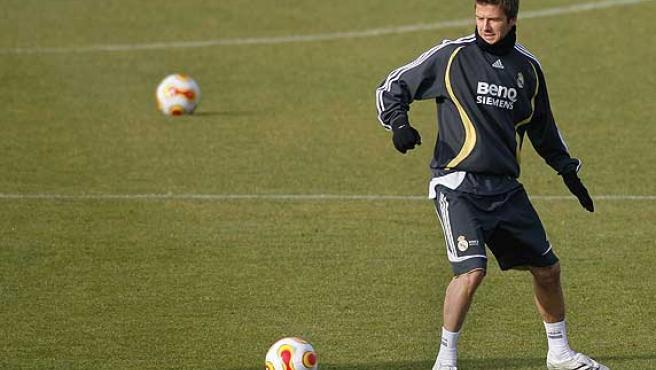 David Beckham durante un entrenamiento (Reuters).