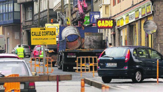 Los conductores deberán desviarse por la calle Javier Ponte. M. Fuentes