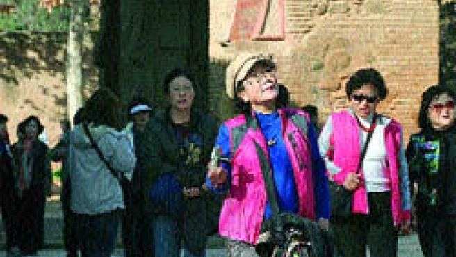Más de 2,1 millones de personas visitaron el año pasado la Alhambra. (Torres)