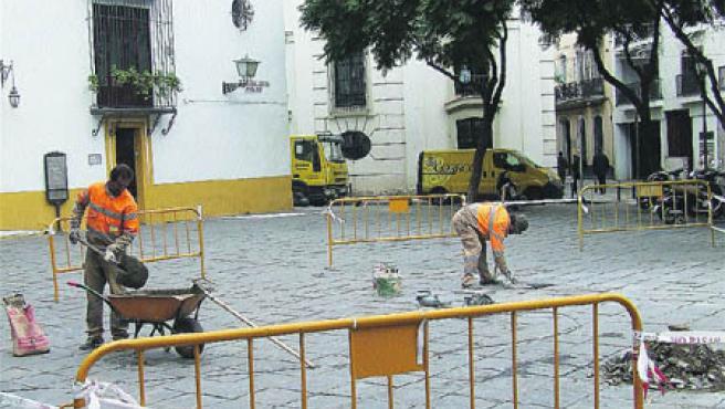 La plaza del Museo está en obras otra vez. (M. F.)