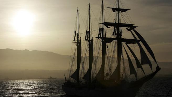 """El buque escuela de la Armada española, """"Juan Sebastián de Elcano"""". (Ángel Medina / Efe)."""