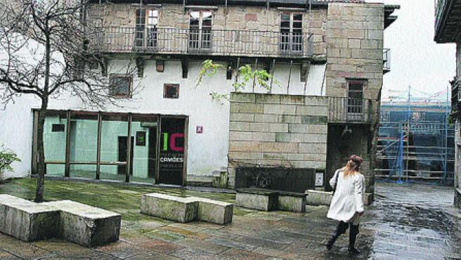 La sede de la cultura portuguesa en Vigo está situada en el Casco Vello. (M. Vila)