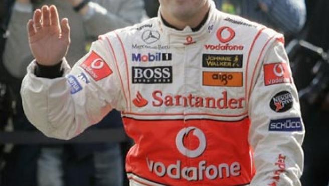 Alonso en su primer entrenamiento en Cheste. (Reuters)
