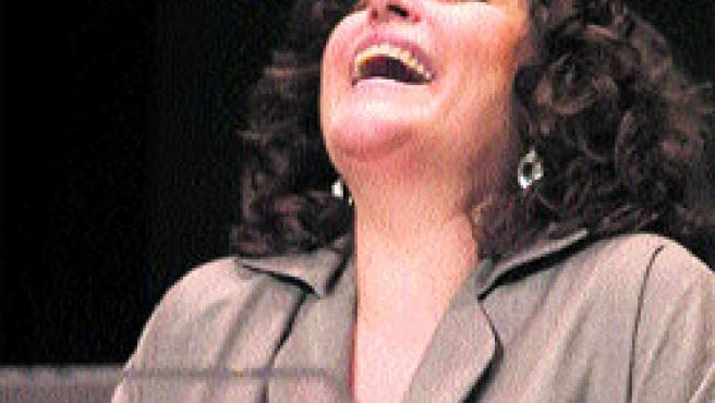 La actriz Charo López actúa hoy en el Teatro Circo de Cartagena.