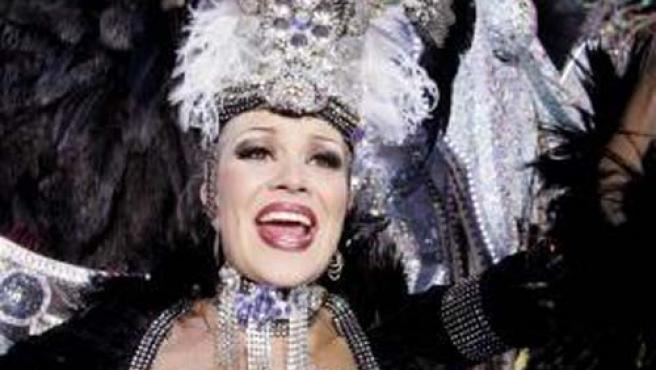 La Reina del Carnaval de Santa Cruz de Tenerife 2007, Elizabeth García. (EFE)
