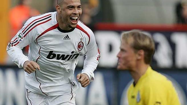 Ronaldo celebra uno de sus goles. (Reuters)