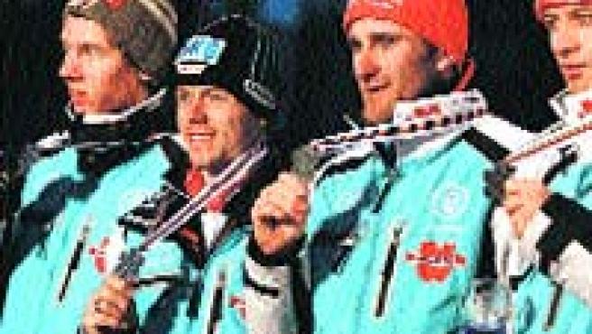 Sebastian Haseney, Tino Edelmann, Bjoern Kircheisen y Ronny Ackermann, de Alemania. (EFE)