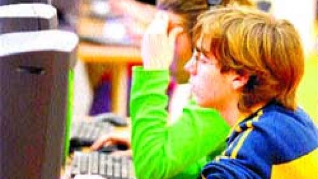 Los adolescentes serán una buena parte del público que acuda a aprovechar la velocidad de conexión.