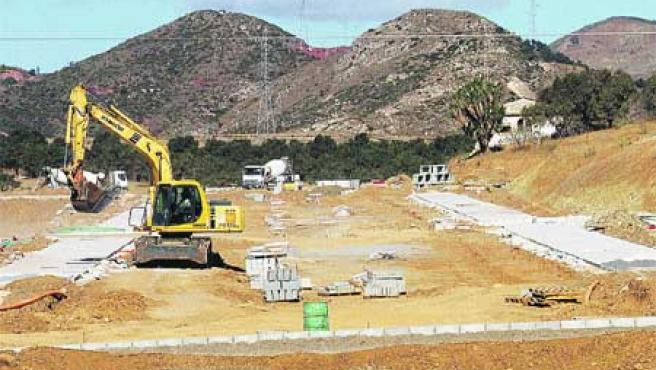 Una vista de Soliva Este, donde ya se mueven terrenos para los 1.600 pisos protegidos previstos (Álvaro Cabrera).
