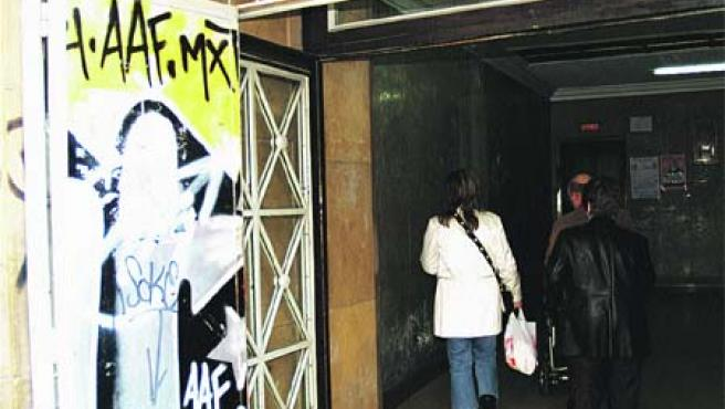 El ascensor que comunica Bilbao con Begoña está en tan mal estado de conservación.(Begoña Hernández)