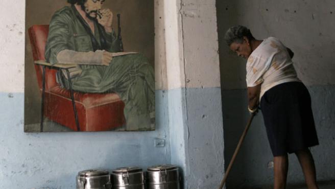 Un cuadro de Ernesto 'Che Guevara en La Habana, Cuba. (Stringer / REUTERS)