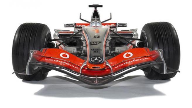 Vista frontal del MP4/22, el monoplaza de McLaren.