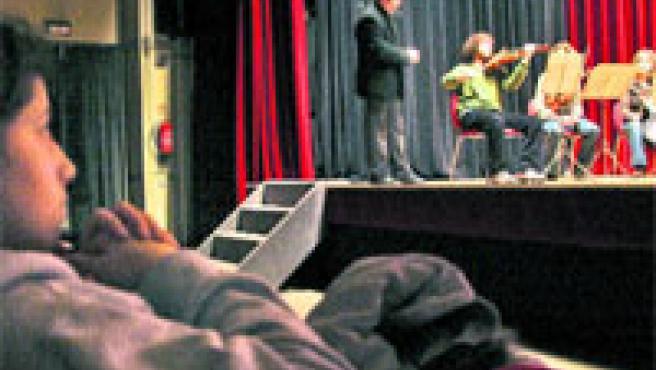 El programa permitirá a 12.000 alumnos de 5º y 6º de la ESO acercarse a la música de una forma divertida. (L. G.)