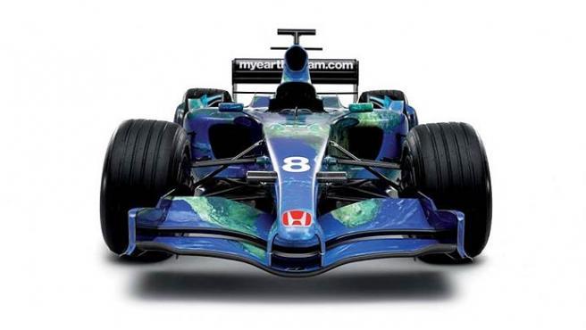 Vista frontal del monoplaza de Honda.