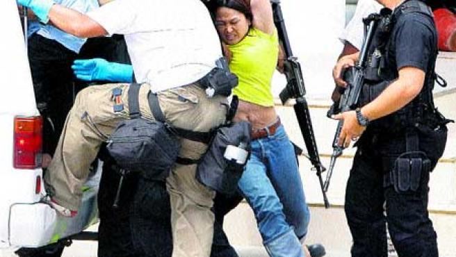 Policía asaltó un juzgado de Filipinas. (M. Sabangan /Efe).