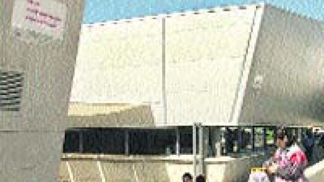El distrito Poniente Norte ya tiene Centro de Servicios Sociales y para Mayores (J. Rojas).