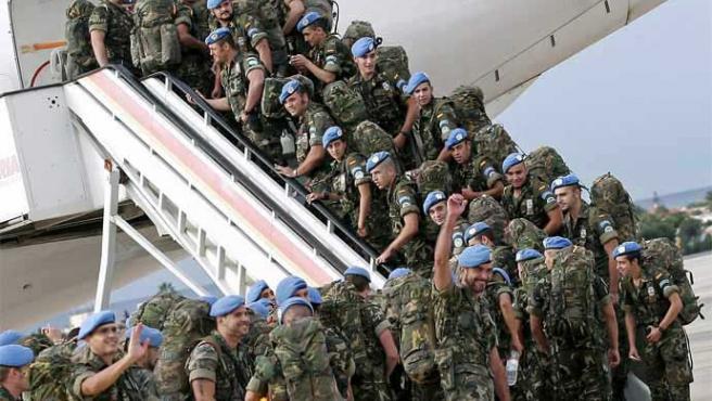 Las tropas españolas en la misión FINUL que desarrolla la ONU en Líbano (C.Barba / Efe)