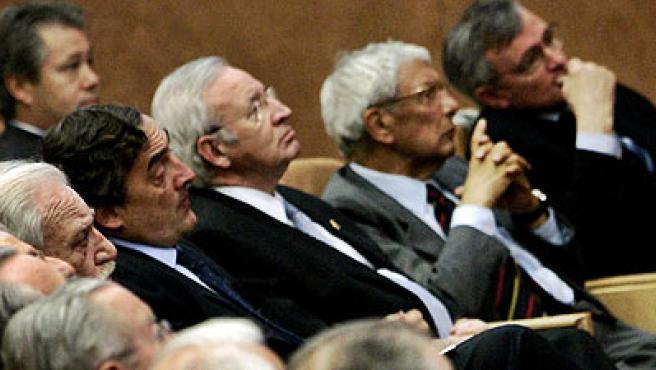 El acto ha contado con destacadas personalidades de la sociedad civil y empresarial de Cataluña. (EFE)