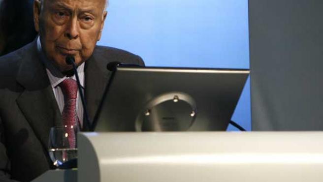 El presidente de Prisa, Jesús de Polanco, durante su intervención en la Junta general de Accionistas del grupo. EFE/José Huesca