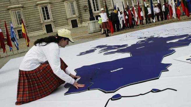 Hoy se cumplen 50 años de la firma del tratado de Roma. La UE vive un período de incertidumbre y de dudas sobre sí misma.