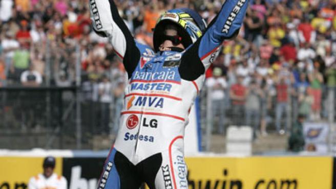 Gabor Talmacsi celebra su victoria en Jerez (REUTERS).