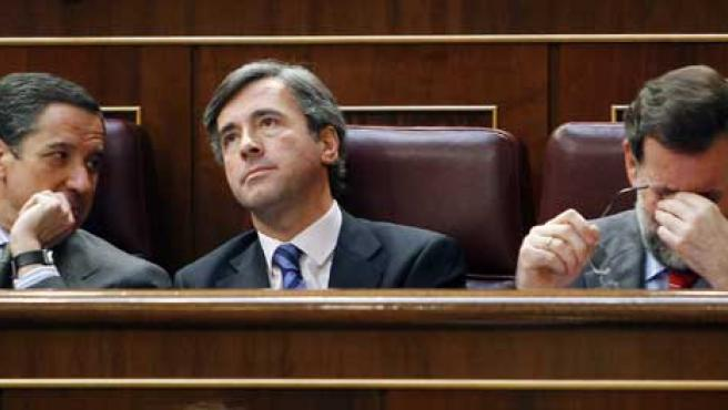 Zaplana, Acebes y Rajoy. (Efe)