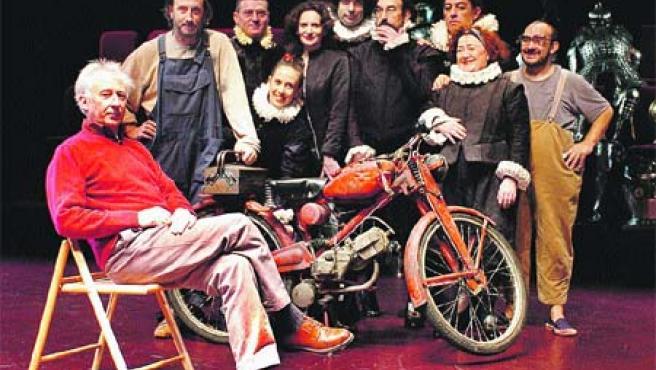 La compañía Els Joglars, con Albert Boadella al frente (Jordi Bover).