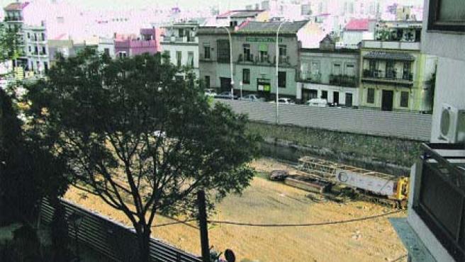 Así está el terreno, ya excavado, pero sin máquinas ni obreros (M. F.).