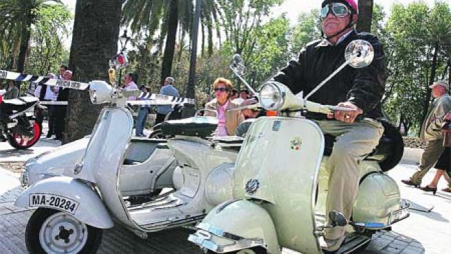Las competiciones de moto que se celebraban en Málaga en la década de los sesenta fueron ayer recordadas (Álvaro Cabrera).