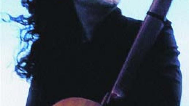 José Fernández está en Sevilla para participar en Los jueves flamencos de El Monte.