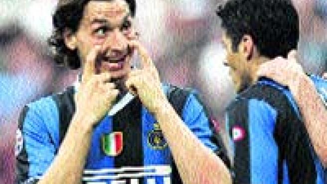 El Inter de Milán sucumbió ayer en casa ante el Roma. (Reuters)