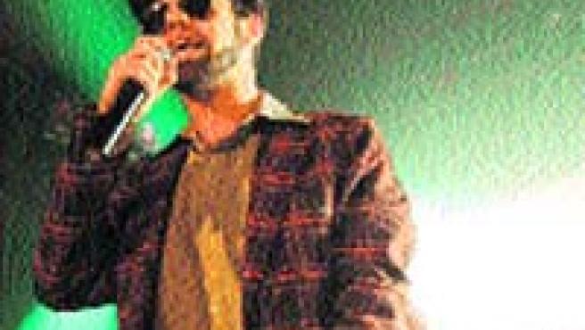 Miguelito Superstar, voz de F. T. M.
