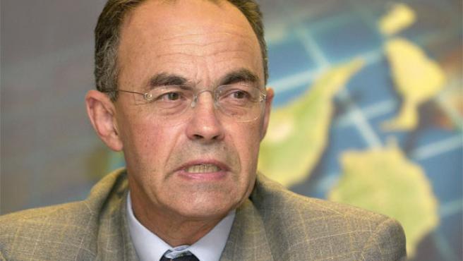 Fotografía de archivo tomada en diciembre de 2004 del hasta ahora presidente de la Zona Especial Canaria, Juan Romero Pi (Foto: Efe)