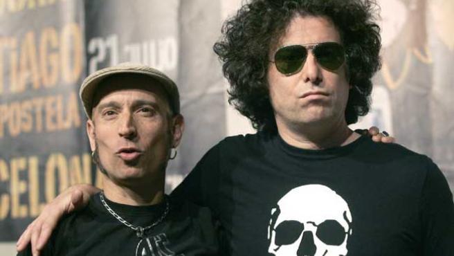 Fito Cabrales y Andrés Calamaro, pareja de lujo del rock.