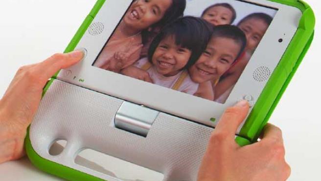 Los portátiles de 100 dólares pretenden llevar a la tecnología a los niños de los países más desfavorecidos.