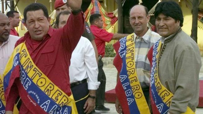 El presidente de Venezuela, Hugo Chávez, ayer en la cumbre de la Alternativa Bolivariana de las Américas. (EFE)