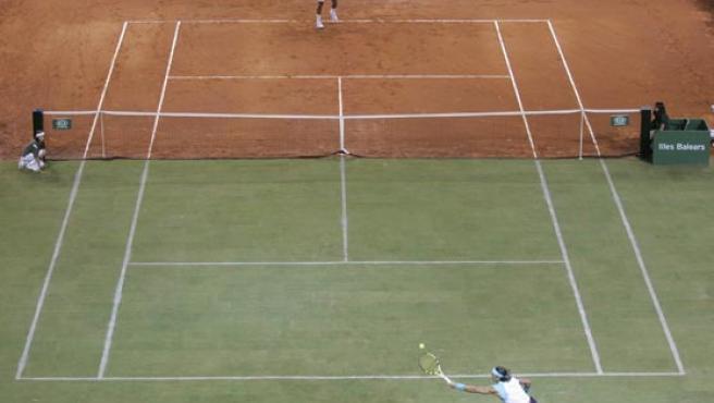 Nadal y Federer en la batalla de superficies