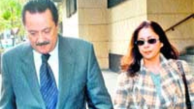 Isabel Pantoja, con Julián Muñoz. (Archivo).