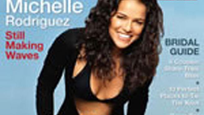 La actriz Michelle Rodríguez, de la serie 'Perdidos', no está contenta con su aparición en la portada de la revista de contenidos lésbicos 'Curve'