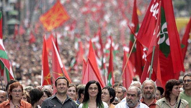 Dirigentes de ANV, en la marcha de Bilbao (Luis Tejido / EFE).