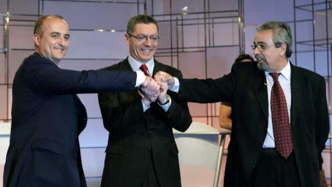 Los candidatos, antes del debate. (Foto: EFE)