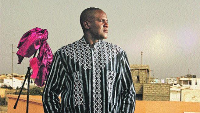 Étnico. Convertido en el artista más internacional de Senegal junto a Youssou N'Dour, Ismaël Lô presentará su disco Sénégal, donde reivindica la música de su tierra, sonidos con raíz (T. S.).