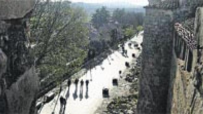 La muralla, desde sus 12 metros de altura, permite observar estampas como ésta al atardecer.(P.L.P.)