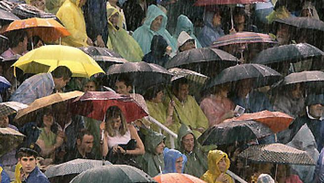 La lluvia cayó intensamente en Madrid durante varias horas hace unos días. (EFE).