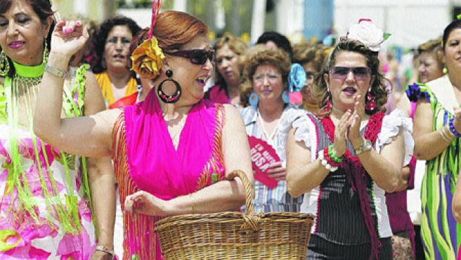 No ha habido muchos incidentes que empañen la fiesta de El Arenal(José Rojas).
