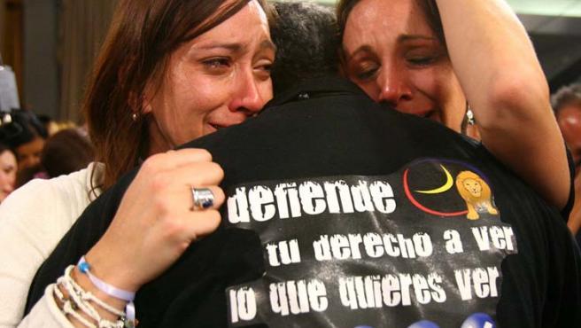 Radio Caracas Tv llevaba 53 años emitiendo, pero la negativa de Chavez a renovarle la licencia ha apagado definitivamente su voz.
