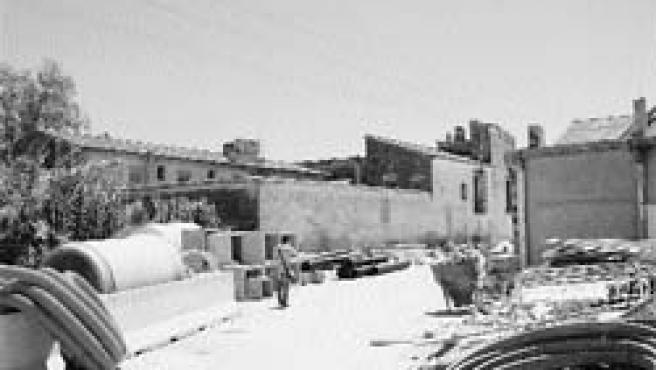 Escombros de las obras de la Ronda Norte. (Begoña Gómez)