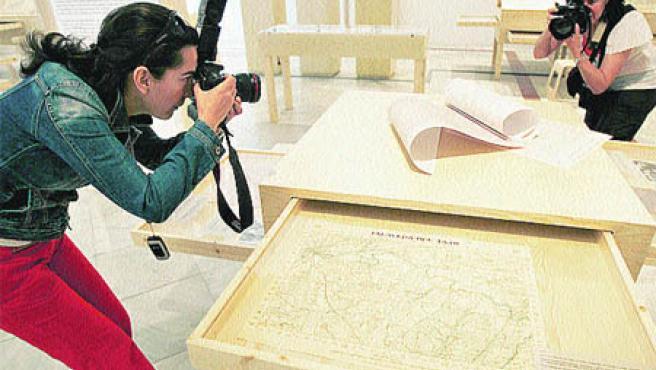 Están en la muestra inédita, Los mapas en la guerra civil, en Sevilla (EFE)
